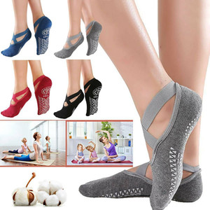 Wholesale yoga toe resale online - Women s Anti Slip Fitness Dance Pilates Socks Professional Indoor Yoga Five Toe Backless Exercise Ballet Lady Training Accessory CCA12633