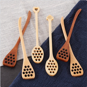 Wooden Honey Coffee Spoons Long Mixing Spoon Bee Tools Honey Stirrer Muddler Stirring Stick Honey Dipper Wood Carving Stirring Spoons YHM197