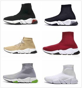 los zapatos de bolos para hombre al por mayor-Hot New Outdoor Des Chaussures Entrenador Clear Sole Sock Trainers Mujeres Mens Plataforma Bowling Shoes Tripler Black White5 Sneakers Boot