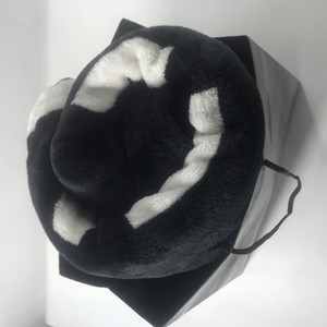 Popular Black and White Coral pile Blanket Manta Fleece Throws Sofa Bed Plane Travel Plaids Towel Blanket 150cm and 200cm luxury VIP gift