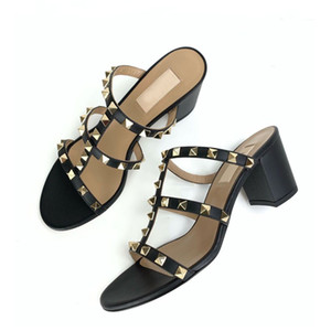 Wholesale strappy heels resale online - Summer Luxurys designers Women Sandals Rock Studs Chunky Heels Rivets Strappy Slipper Sandals Sexy Ladies Heels Party Wedding Dress