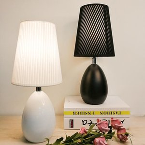 Wholesale black ceramic lamp resale online - European Simple Black White Ceramic Table Lamp For Living Room Study Bedside Lamp Bedroom Night Light Modern Decorative Lamps