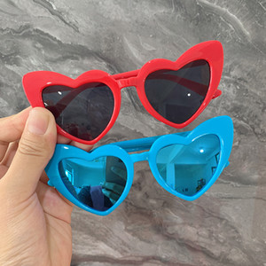 mezclar chicas al por mayor-20 unids Vintage Niños Gafas de sol Gafas de sol Moda Heart Heart Cure Cure Pink Sun Glasses Girls Boys Sunglasses Baby Fashion Oculos Color Mezclado