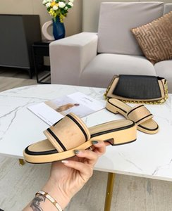Wholesale black pearls free for sale - Group buy 40 Discount Slippers Pearl Snake Print Slide Summer Wide Flat Lady Sandals Slipper New Men Women Sandals Shoes free gifts online sale