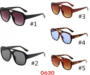 Wholesale classic sunglasses for women for sale - Group buy Designe Sunglasses for Men and Women Eyeglasses Outdoor Shades PC Frame Fashion Classic Lady sport Sun glasses Mirrors for Women