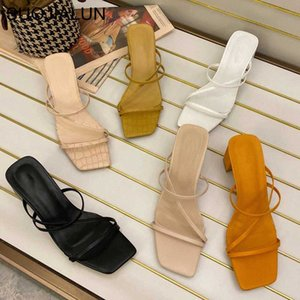 ingrosso eleganti scarpe da sandalo-Donne Summer Outdoor Sandal High Square Tacco Square Flip Flop Ladies Donne Donne Slipper Elegant Slides Shoes Shoes Q7Ja