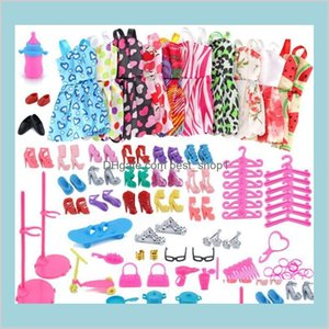 Wholesale barbie clothing resale online - 83Pcs Set Bag Shoes Dress Fashion Doll Accessories Dressup Clothes Dolls Set Toys For Children Diy Furniture Clothing Barbie Mgzy3