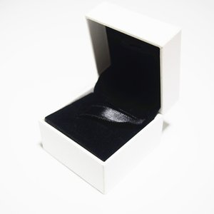 Small White Paper Box Package Flat Sponge Or Pillow Inside For Pandora Charm Bead Necklace Earrings Ring Pendant Jewelry Packaging Display