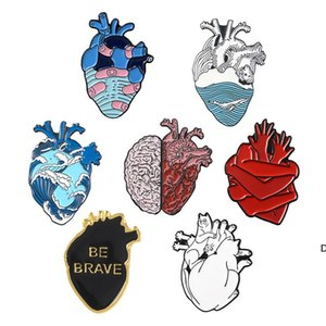 ingrosso cuore anatomico-Anatomical Heart Pins Medical Anatomy Brooch Brooch Heart Neurology Pins per medico e infermiera Risvolto Imitare borse perno smaltato DHE5564