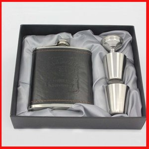 Wholesale 7oz Stainless Steel Liquor wine Hip Flask Flagon Black PU Leather pocket hip flask set with Funnel Cups Wine bottle gift box
