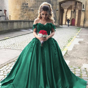 Goregous Green Ball Gown Evening Dresses Sexy Off The Shoulder Prom Dresses Long Formal Dress Vintage Lace Applique Quinceanera Dresses on Sale