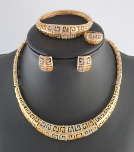 Top Quality African Costume Jewelry Set Gold Plated Full Rhinestone Necklace Bracelets Earrings Rings Set