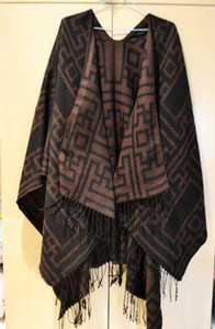 Wholesale New Arrival Aztec Wool Poncho Hooded Cape Big Size Women Wrap Shawls Scarf