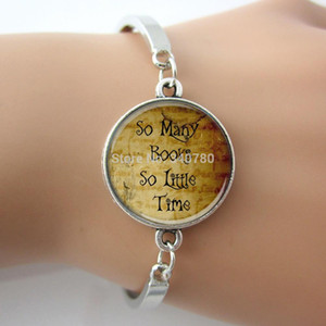 pulsera de libros al por mayor-So Many Books So Little Time Letras Cita Brazalete Joyas Para Amantes de los Libros Imagen Vintage Art Word Bracelet For Gift G018