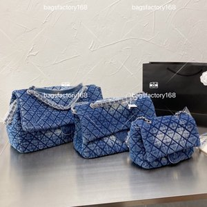 Wholesale tie dye patterns for sale - Group buy Luxury Classic Design Vintage Denim Tie dyed One shoulder Bag Chain With Rhomboid Pattern Postman Package Distressed Alphabet Handbag High Quality Holiday Gifts