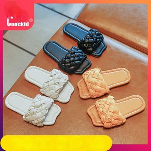Wholesale sandals of girls resale online - Girls Cool Drag Summer Outer Wear Woven Sandals Korean Version Of The Net Red Hundred Beach Shoes Indoor Slipper
