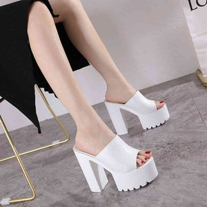 Wholesale fit flops resale online - Super high female sandals fish mouth wear heel thick bottom cm black and white fitting room flip flop