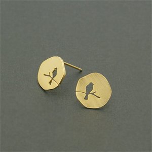 Wholesale bird drawing for sale - Group buy Fashion circle hollow out bird stud earrings creative design of bird shape gap stud earrings drawing on the surface stud earring K2