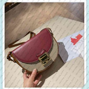 Wholesale womens designer crossbody bags for sale - Group buy Classic Women Luxurys Designers Fashion Shoulder Womens Saddle Crossbody s Messenger Bag High Quality