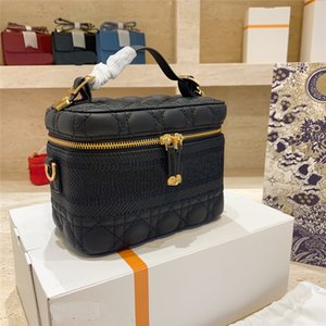 Wholesale nice red handbags for sale - Group buy Makeup Bag Women Luxurys Designers Bags Makeup Bag Travel Pouch Cosmetic Cases Girls Handbag Shoulder Bags Luggage Tote Make Up Bag Nice