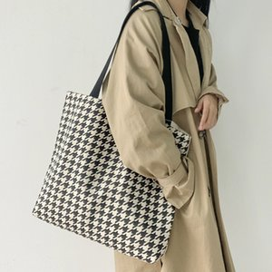 Wholesale designer check bag for sale - Group buy capacity Xiaozhong ins canvas single shoulder large hand women s bag autumn and winter new thousand bird check