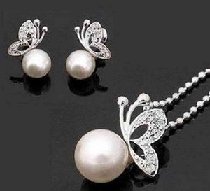Wholesale small earrings top for sale - Group buy Silver Cream Pearl Clear Rhinestone Crystal Small Butterfly Pendant Necklace and Earrings Jewelry set Top Quality