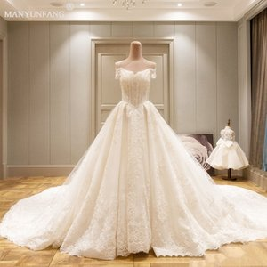 2020 New Romantic Lace Wedding Dresses with Short Sleeve bateau Neck Capped Sleeve Empire Long Train Vintage Castle Bling Bling Bridal Gowns on Sale
