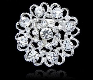 Wholesale Luxury bling Crystal Rhinestone flower Pins Brooches new women heart shape silver plate diamond brooch Chirstmas party charm jewelry gift