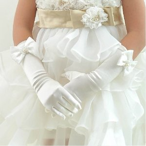 Wholesale Gorgeous Flower Girl s Gloves for Wedding Party Dresses Best Design Satin Five Fingers Long Bridal Glove