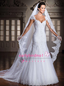 Wholesale beautiful pictures resale online - Custom Made Vintage Long Tulle Wedding Dresses Veils One Layer Applique Lace Bridal Veils Beautiful as the picture shown Lace Applique Edge
