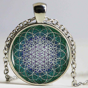 Wholesale Indian Mandala Flower Of Life Pendant Necklace Indian Mandala Charm Silver Crescent Moon Shape Vintage Necklace Women Jewelry