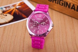 Wholesale New Fashion Geneva Watch Rubber Silicon Candy Jelly Fashion for Men and Women with 6 colors