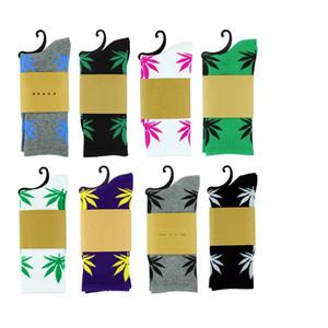 Wholesale 38Colors Christmas Plant Life Socks For Men Women High Quality Cotton Socks Skateboard Hiphop Maple Leaf Sport Socks Free DHL