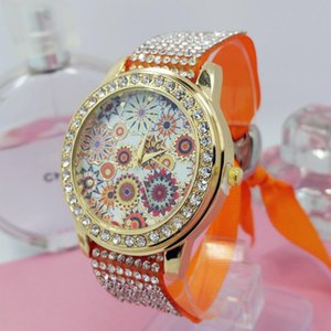 Wholesale European and American fashion Hot Geneva Ms. diamond bracelet watch braid trend sunflowers pattern ribbon table