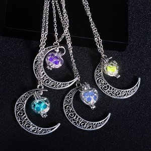 4 Colour Luminous Stars Starry Sky Moon Pendant Luminous Stone Luminous Unisex Necklace Christmas Halloween Gift