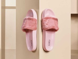Wholesale 2017 Leadcat Fenty Rihanna Shoes for Women Slippers Indoor Sandals Girls Fashion Scuffs Pink Black Grey Fur Slides Star SWith Women s Shoes