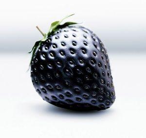 Bonsai fruit Black Strawberries Strawberry Seeds Fruits Rare garden decoration plant 20pcs A79