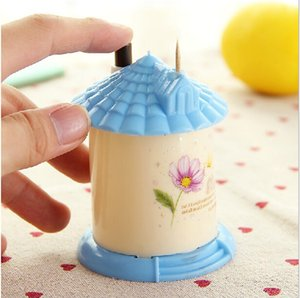 Wholesale new cute small house Automatic toothpick holder pocket fashion small portable house shaped Romantic creative toothpick box