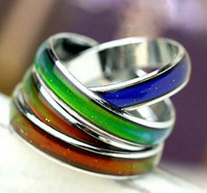 Wholesale Mood Ring Changing Colors Stainless Steel Cool Fashion Magic Rings For Men Women Good Quality Mix Sizes