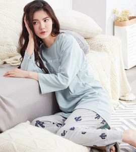 Wholesale Autumn and winter new ladies long sleeves cotton pajamas suit Korean round neck collar sets of casual home service