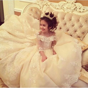 Wholesale Flower Girl Dresses for Weddings with Train Lace Ball Gown Little Girls Pageant Dress White Ivory First Communion Dresses for Girls
