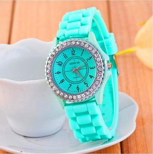 Luxury Watches Top Brand Geneva Crystal Diamond Giltter Jelly Silicone Watch Men Women Unisex Numerals Quartz Wristwatches