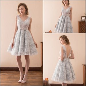 Beautiful Light Grey Lace Short Prom Dresses Gowns Club Wear Homecoming Knee Length V-Neck Stock 2-16 Tulle A-Line Party Dress Formal Ball on Sale