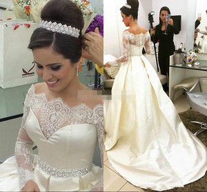 Wholesale Gorgeous High Quality Lace Long Sleeve Wedding Dresses Diamond Crystals Bridal Gown Satin Off The Shoulder Wedding Dress