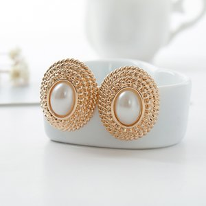 Wholesale Round coil button line style under the ear clip pearl ornament extraordinarily sexy romantic lover s gift