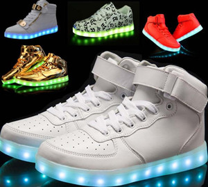 Wholesale Men s shoes Women High top LED for Adults White Black Glowing Light Up Shoes Flat LED Luminous Shoes chaussure lumineuse