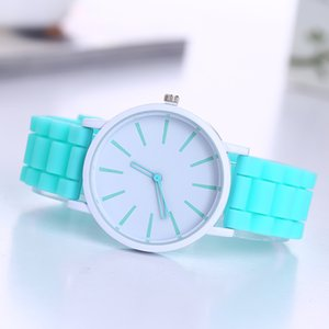 Wholesale 2017 New Famous Brand Geneva Silicone Quartz Watch Women Jelly Casual Dress Watches Clock Pink Hot Sale