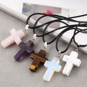Wholesale Fashion Christian Jewelry Gemstone Rock Crystal Quartz Chakra Natural Stone Jesus Cross Charm Pendant Lovers Necklace For Women