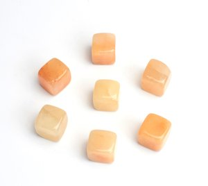 Wholesale 7 pieces Natural Tumbled Yellow Jade Carved Cube Crystal Reiki Healing Semi precious Stones with a Free Pouch