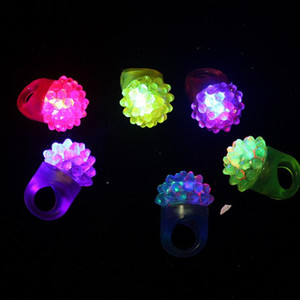 Wholesale LED Flashing Strawberry Finger Ring Bar Rave Light Up LED Flashing Jelly Bumpy Rings for Prom Party Christmas Gift F2017104